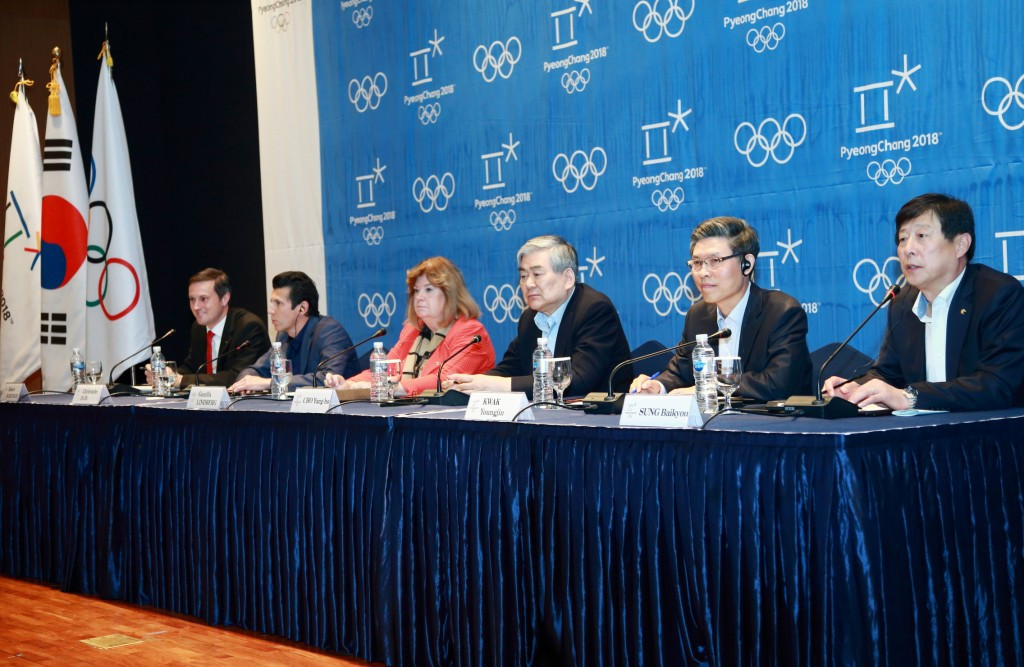 Pyeongchang 2018 vice-president Young-jin Kwak (second from right) says there are no plans to move the alpine skiing events despite environmental protests ©Pyeongchang 2018