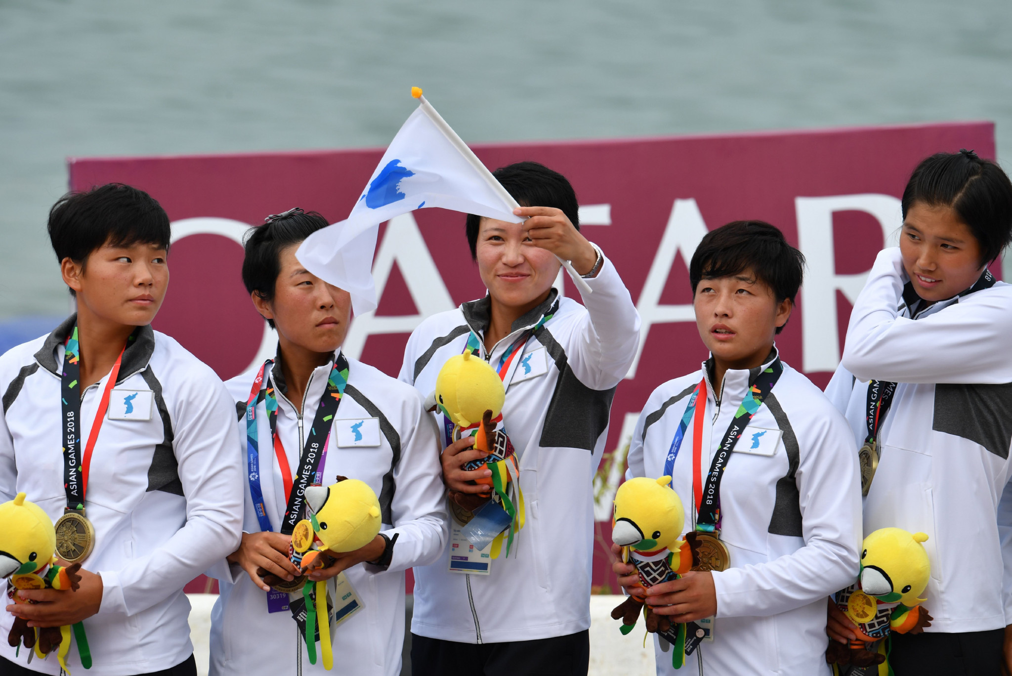 Unified Korean team win dragon boat bronze medal on historic day at 2018 Asian Games