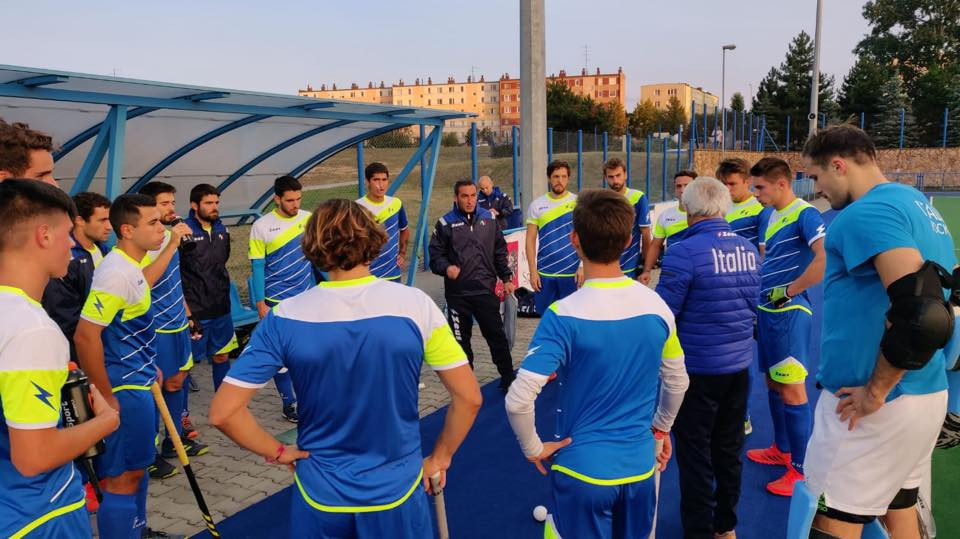 The Italian hockey team have landed in Poland ahead of their first game against the Czech Republic ©FIH/Facebook
