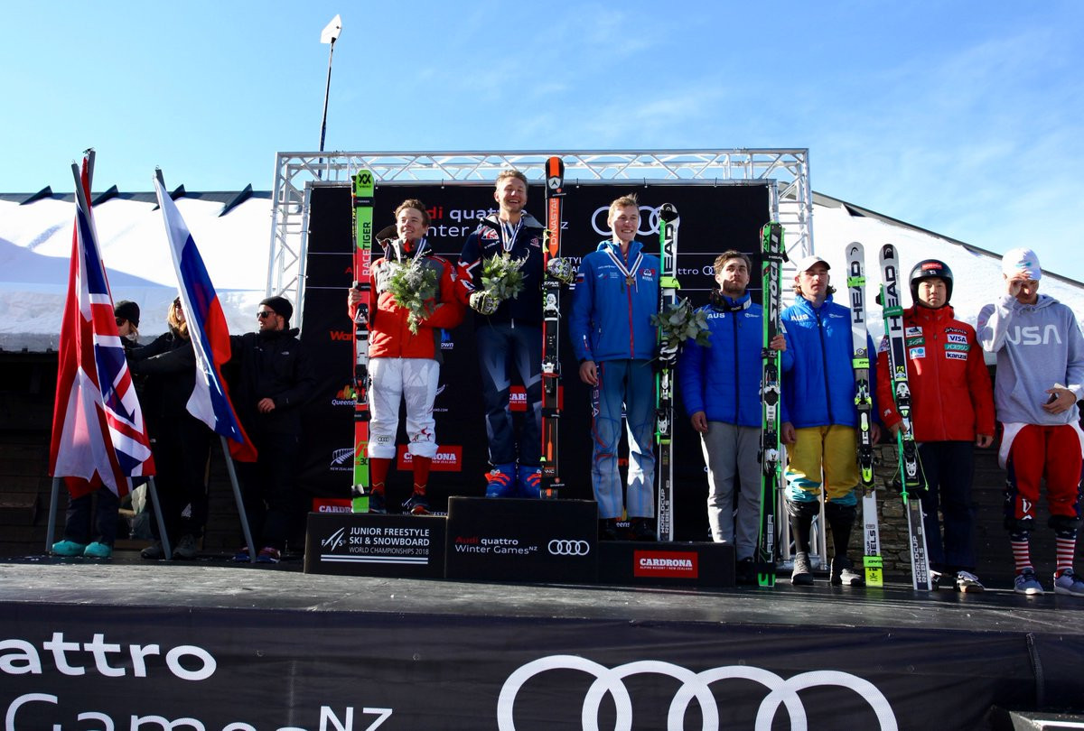 Martin and Davies earn ski cross titles at FIS Junior Freestyle World Championships