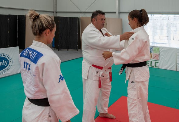 Participants of the Academy undertake level one and level two training courses ©IJF