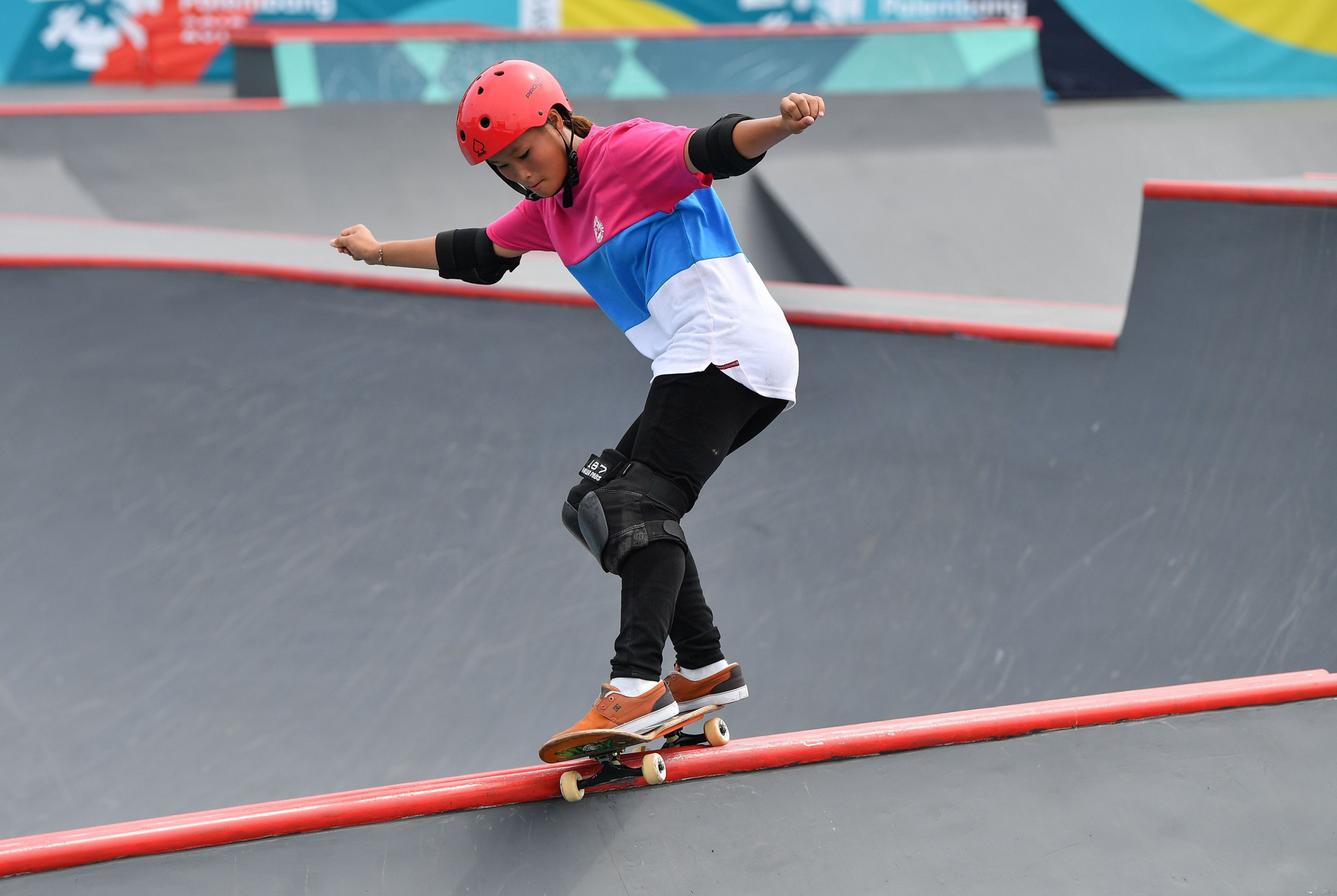 Sixteen-year-old Sakura Yosozumi was among the winners on the sole day of skateboarding medal action at the 2018 Asian Games in Jakarta and Palembang ©Getty Images