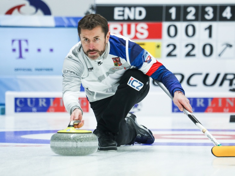 World Curling will welcome Snitil to the team from November 1 ©WCF