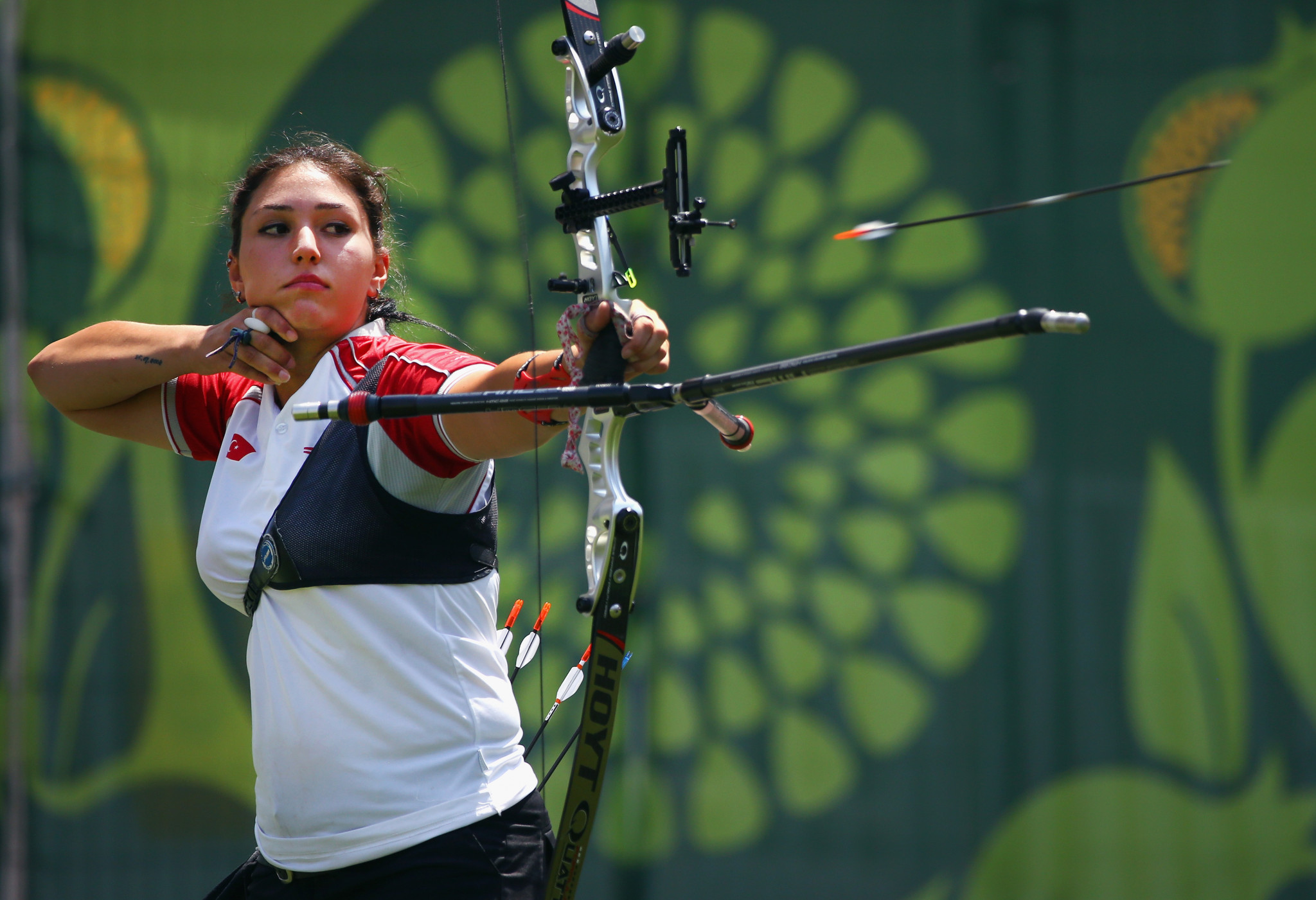 Turkey's Yasemin Anagoz ousted 2013 world champion Maja Jager of Denmark to clinch the women's recurve gold medal ©Getty Images