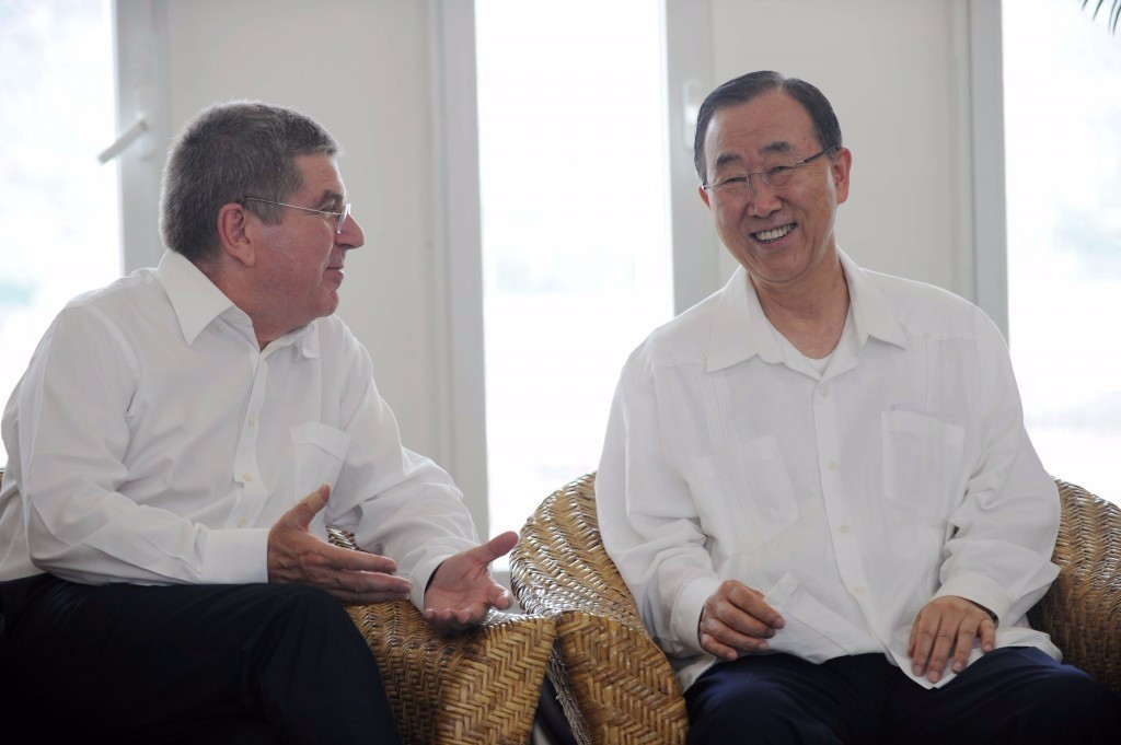 Thomas Bach (left) pictured with United Nations secretary general Ban Ki-moon ©AFP/Getty Images
