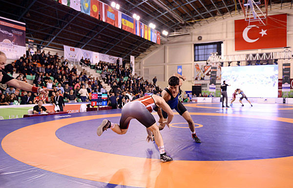 Action from the last World University Wrestling Championships, held in Turkey in 2016. The next edition starts in Brazil tomorrow ©FISU