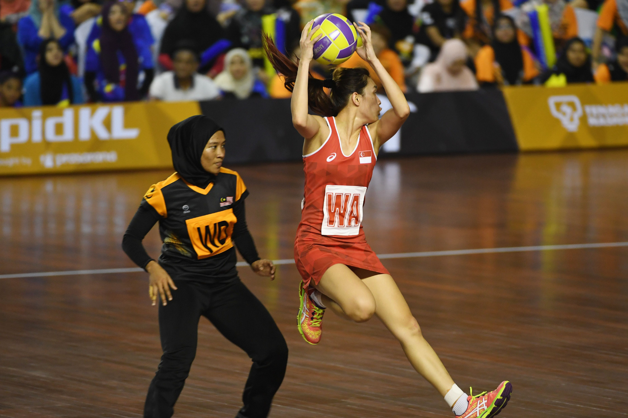 Singapore and Malaysia contested the Southeast Asian Games netball final last year ©Getty Images