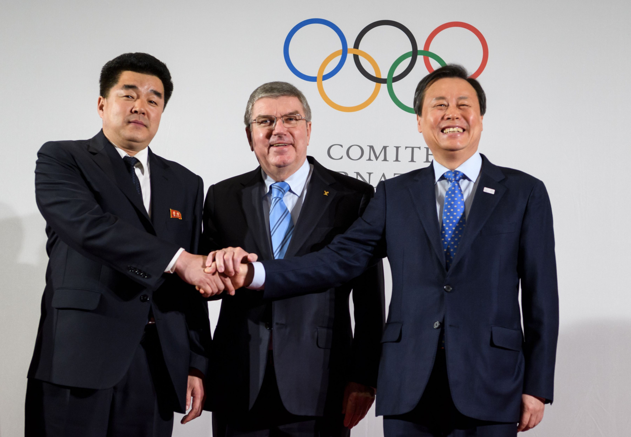 Do Jong-hwan, right, claims he will propose co-hosting the 2032 Olympic Games to North Korean officials next week ©Getty Images