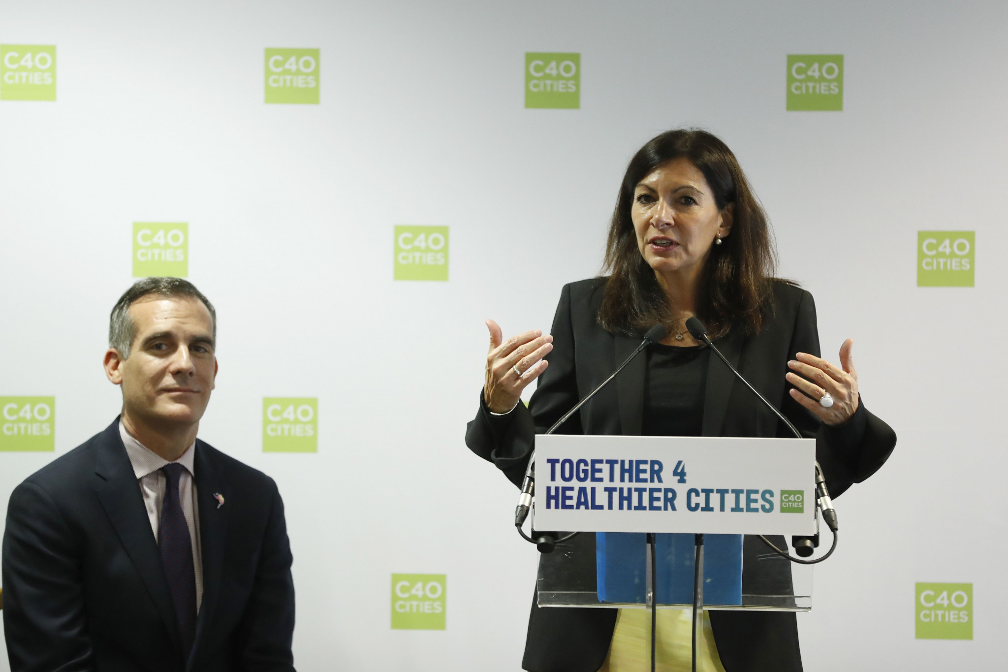 Paris and Los Angeles Mayors express hope to make Olympic Games more sustainable at climate event
