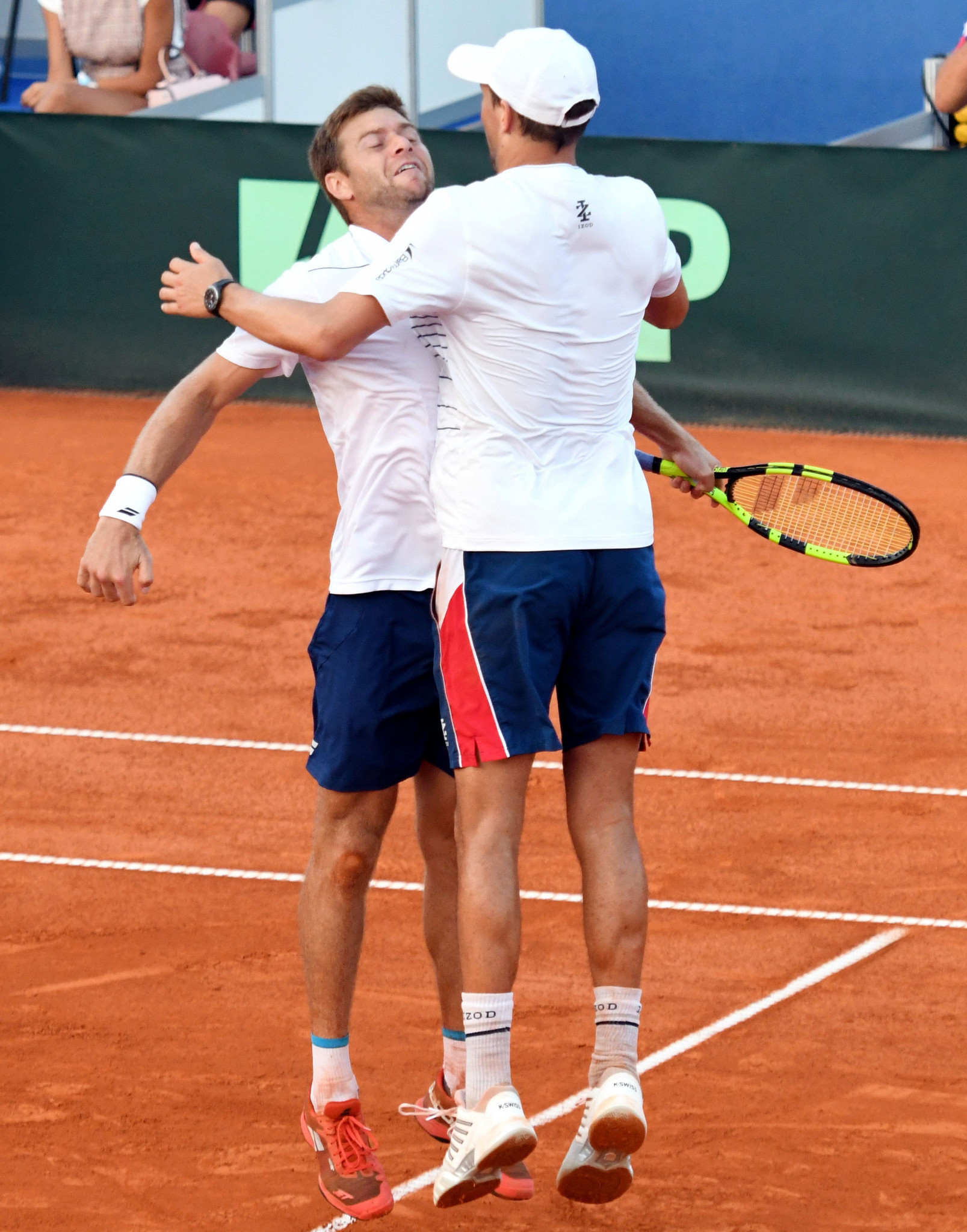 Ryan Harrison, left, and Mike Bryan won an epic doubles match to keep the United States in their tie with Croatia ©Getty Images