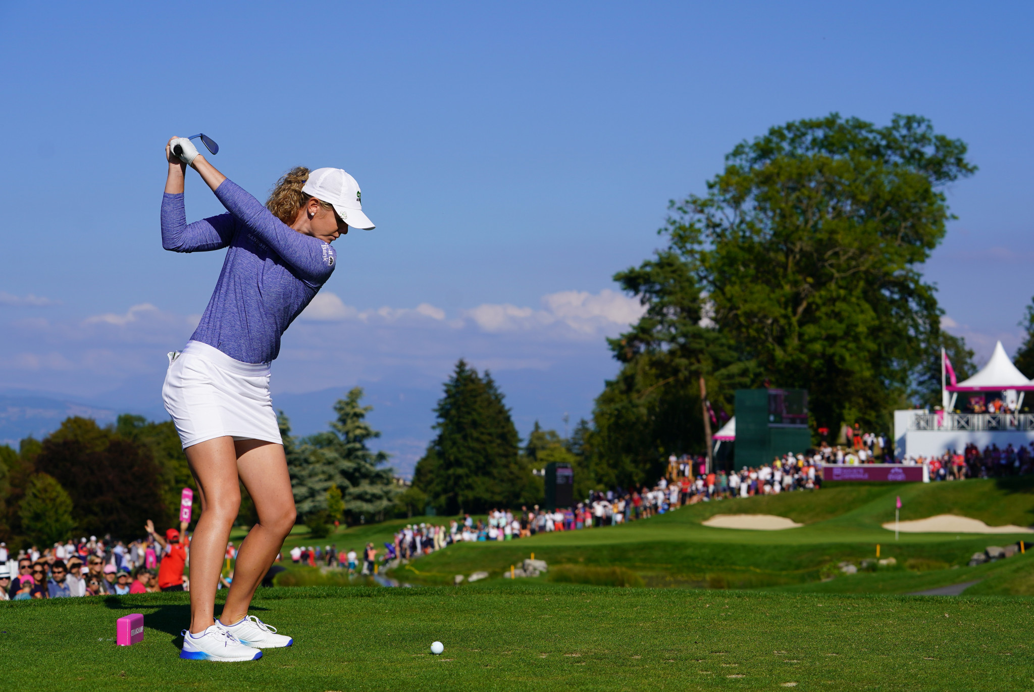 American Amy Olson broke clear of the rest of the field as she moved two shots ahead ©Getty Images