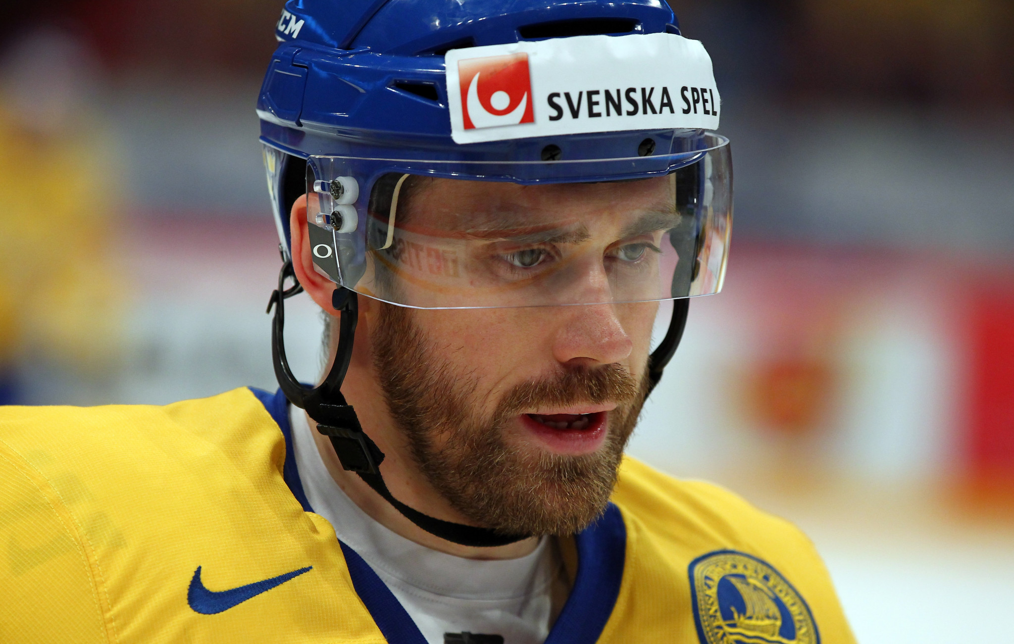 Sweden's Zetterberg retires from ice hockey due to back injury