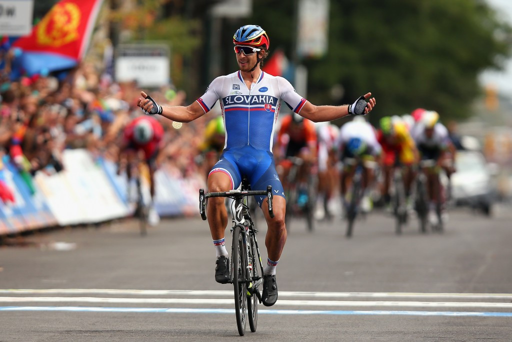Superb Sagan secures men's road race title with blistering attack as World Championships conclude