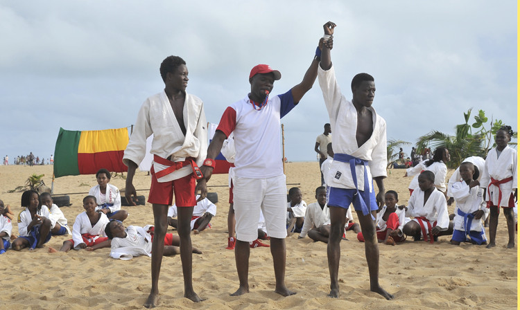 A beach sambo competition has been held in the West African country Benin, to showcase the sport ©FIAS