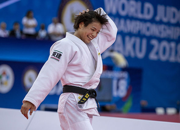 The former junior world champion celebrates her first senior World Championships title ©IJF