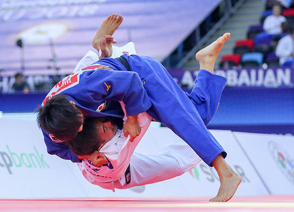 Abe threw his opponent, Kazakhstan's Yerlan Serikzhanov to the ground for an ippon and the gold medal ©IJF