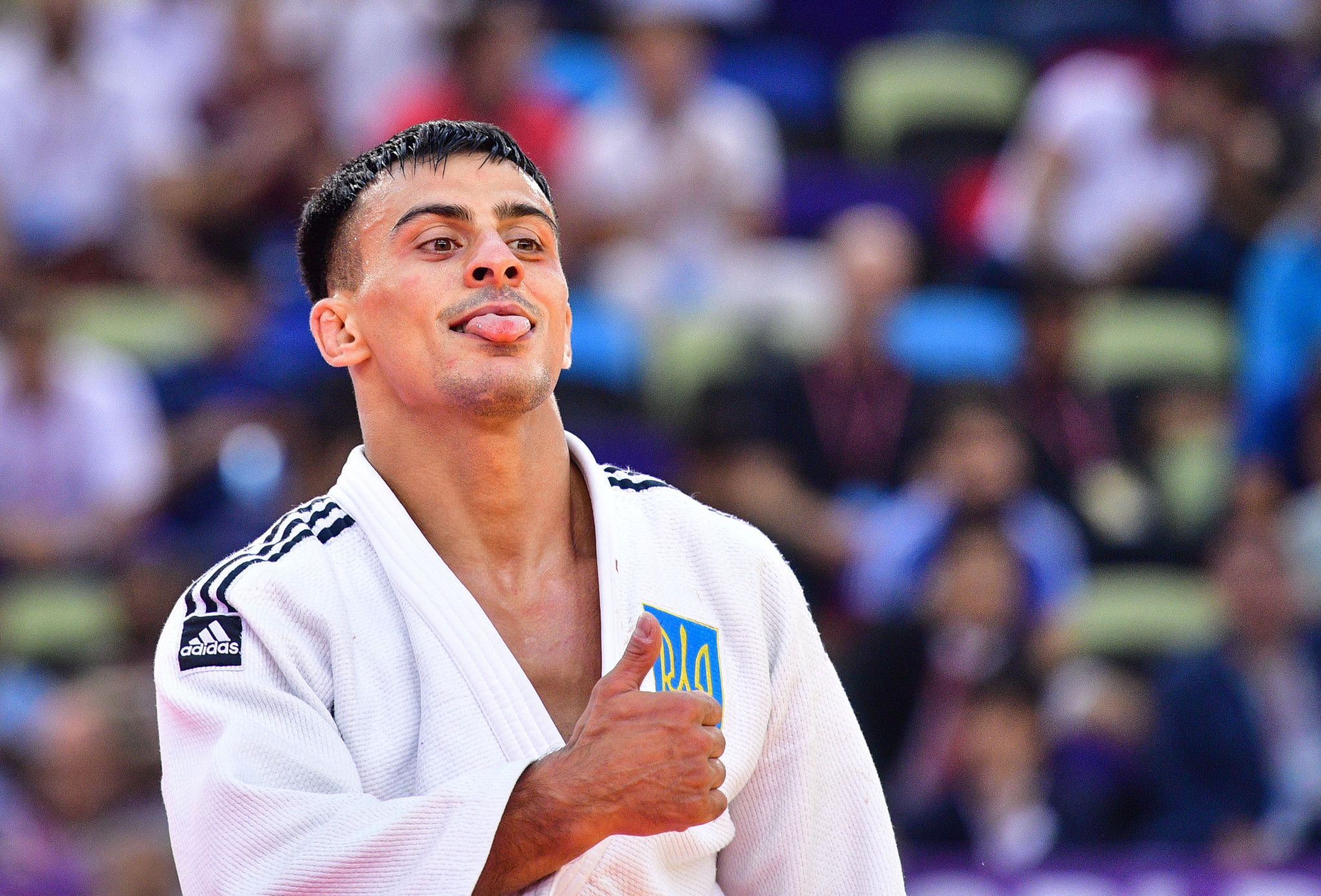 Former world champion, Ukraine's Georgii Zantaraia celebrates winning the bronze in Baku ©Getty Images