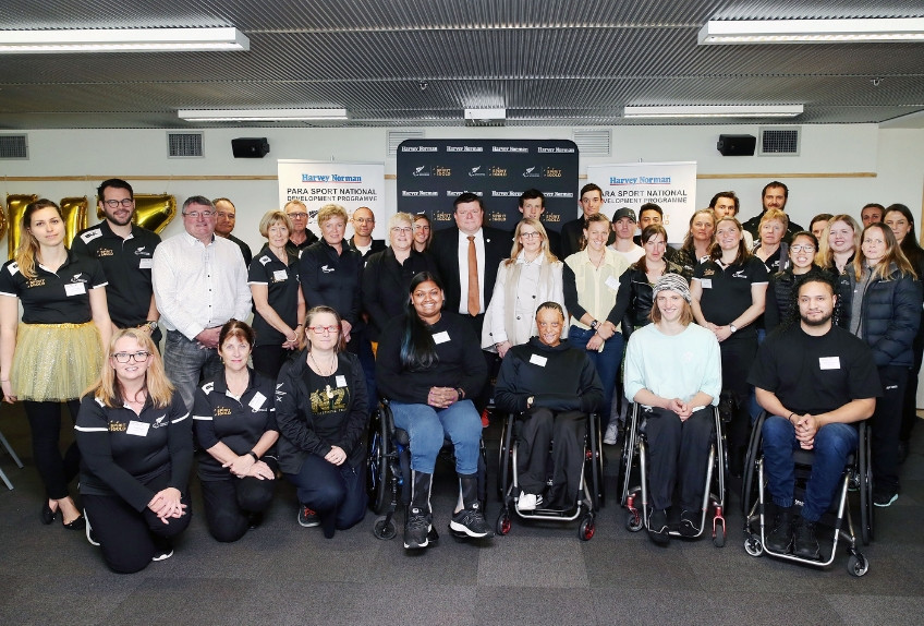 A total of 17 Para athletes and 10 sport coaches and programme leaders attended the event ©Paralympics New Zealand