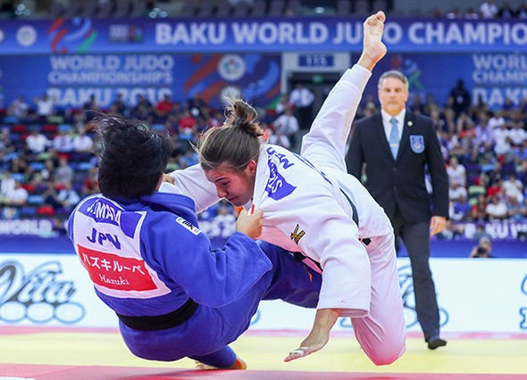 Japan claim sixth gold medal on sixth day at World Judo Championships
