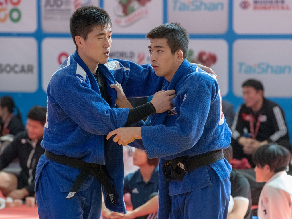Korean delegations meet before unified team's competition at World Judo Championships