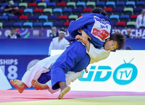 Japan beat France 4-1 to retain the mixed team world title ©IJF