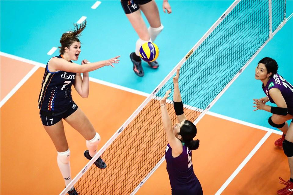 It took The Netherlands five sets to beat hosts Japan 3-2, at the FIVB Women's Volleyball World Championships in Yokohama, Japan ©Getty Images