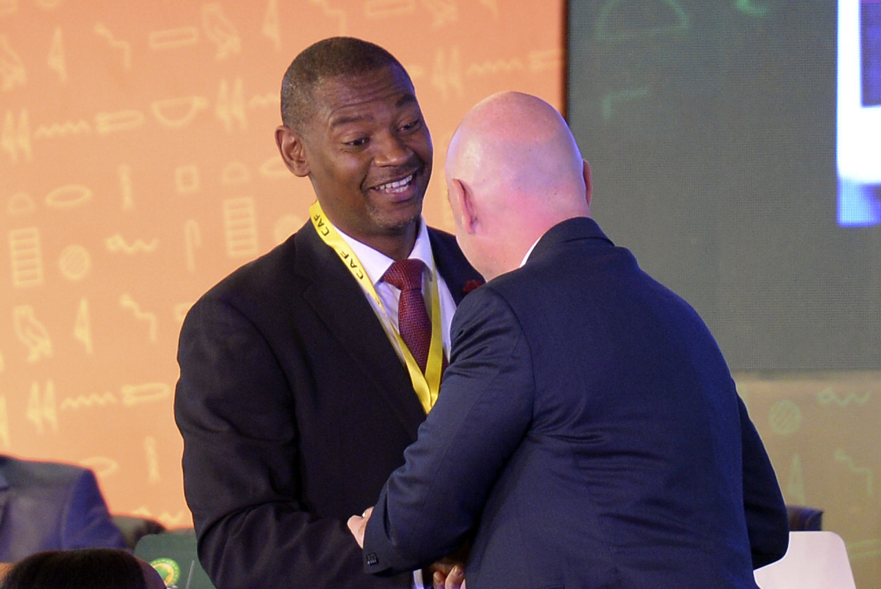 FIFA President Gianni Infantino congratulated Walter Nyamilandu on his election ©Getty Images