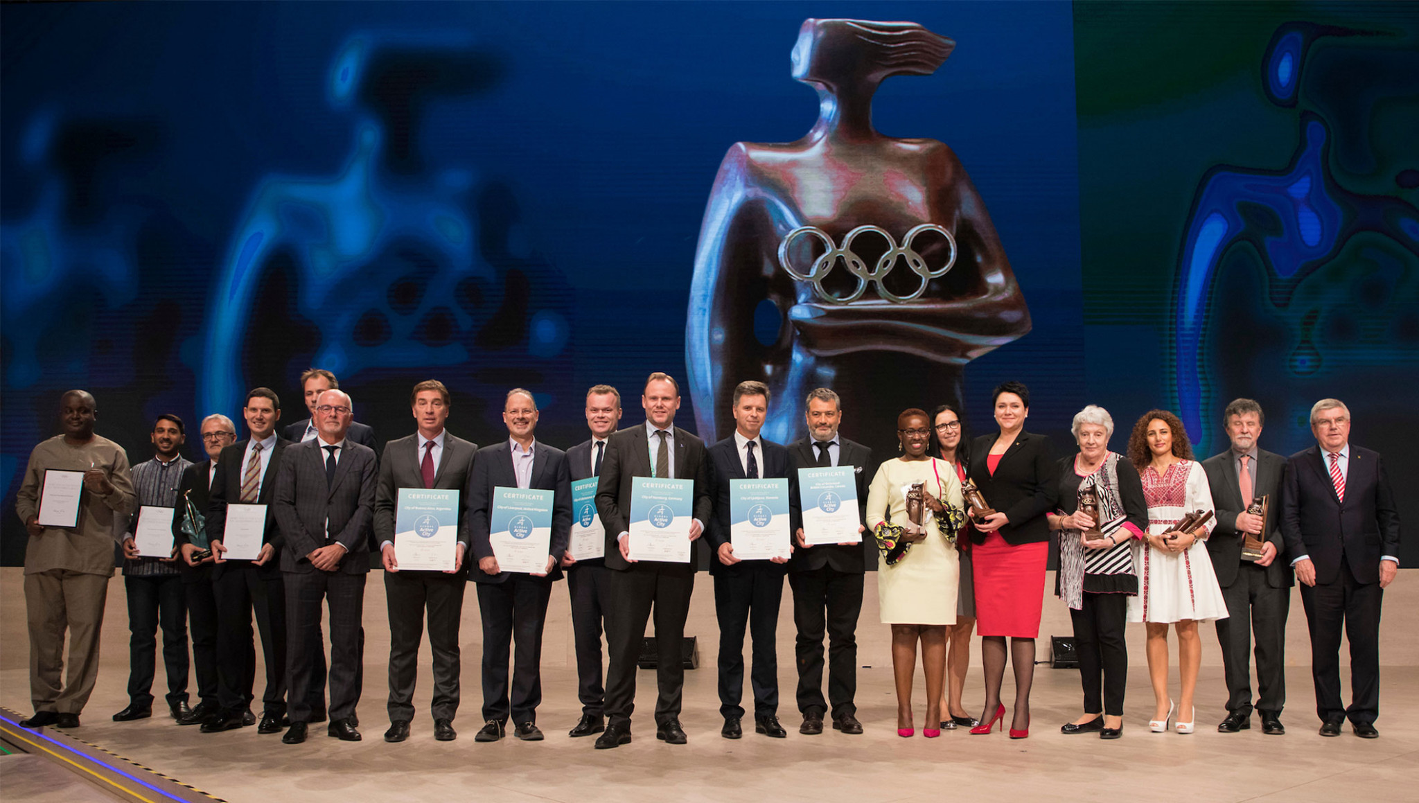 IOC Women in Sport and Lifetime Coaching achievements awards were handed out ©IOC