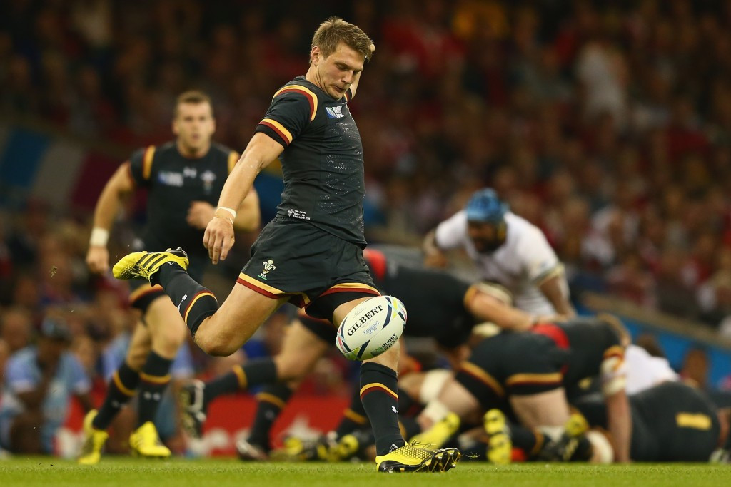Dan Biggar produced a superb kicking performance to help guide Wales to their third straight Rugby World Cup victory