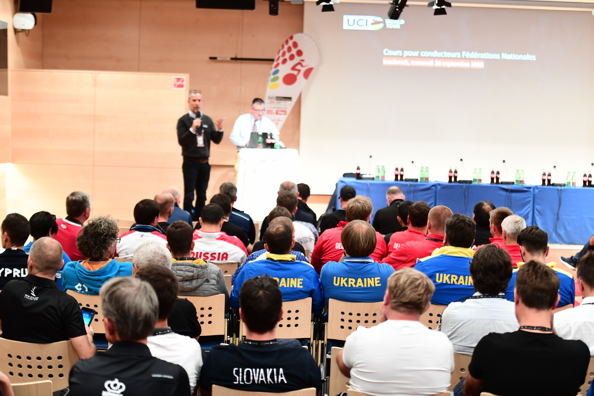 The teams were briefed about the new safety initiative that aims to improve rider safety ©UCI
