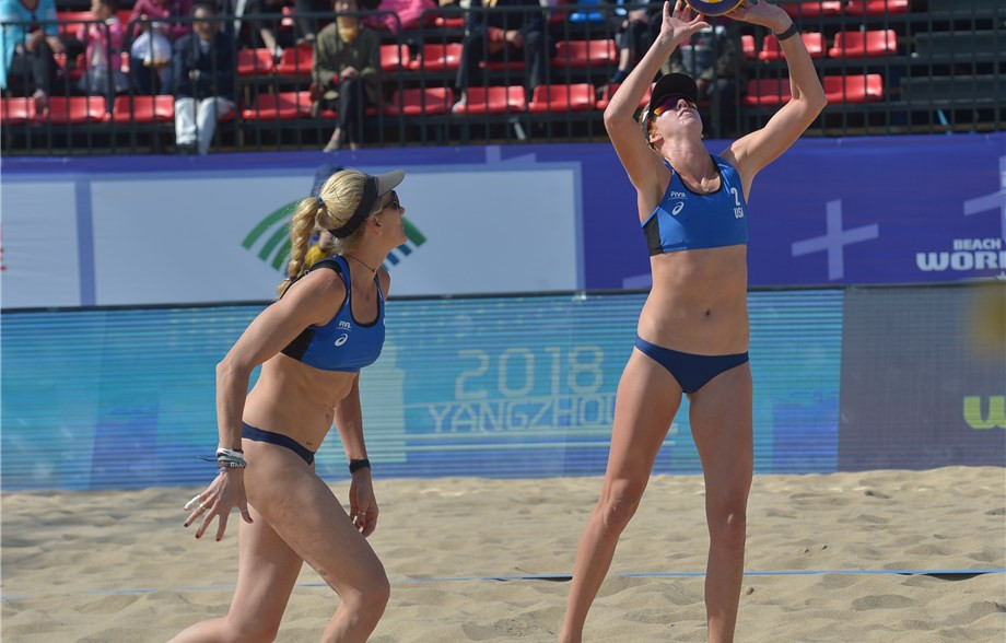 The United States' Kerri Walsh Jennings, right, and partner Kelly Claes, left, claimed victory today to finish top of Pool H in the women's event ©FIVB