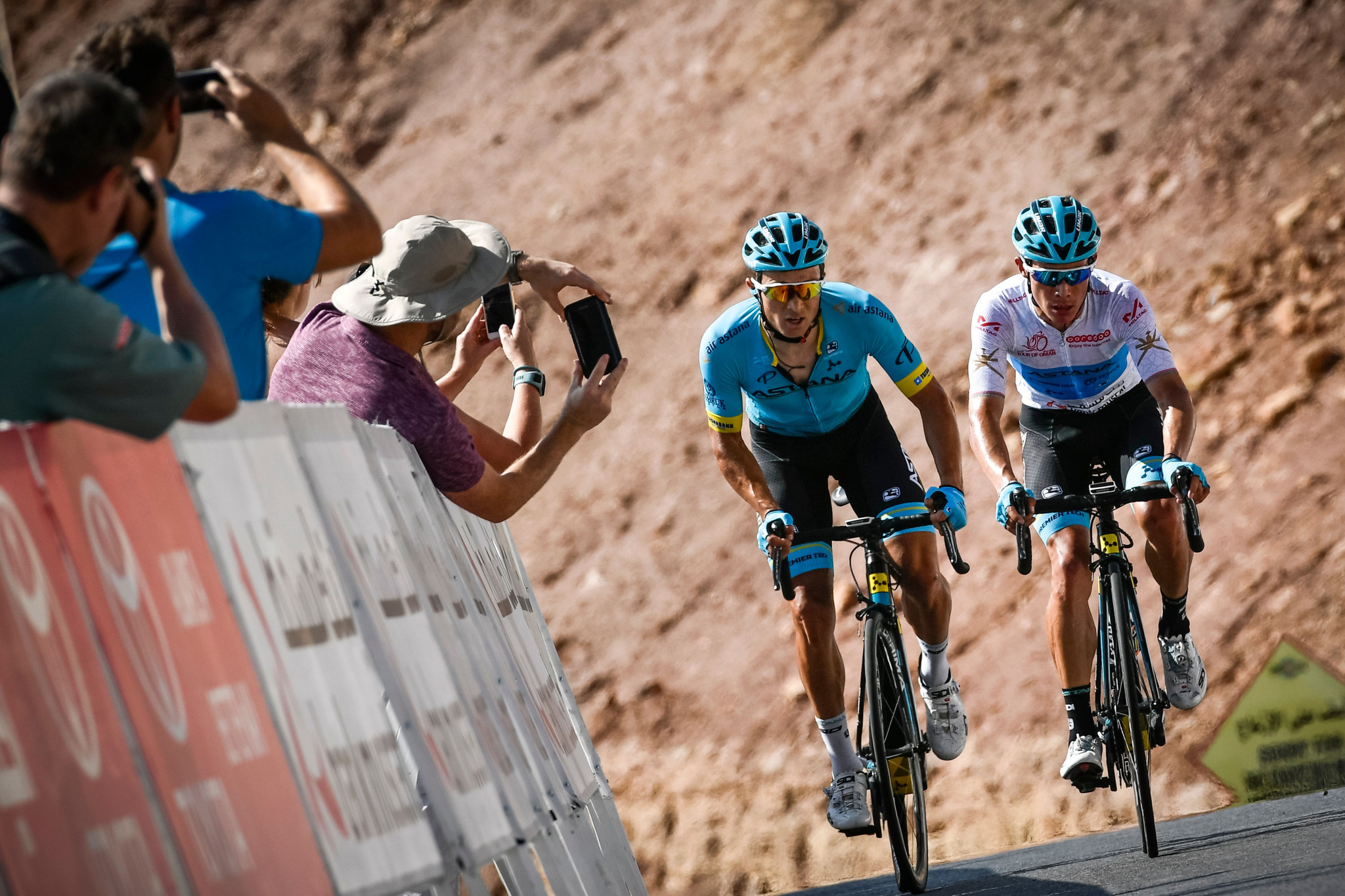 Lutsenko wins Tour of Turkey stage four to take overall lead