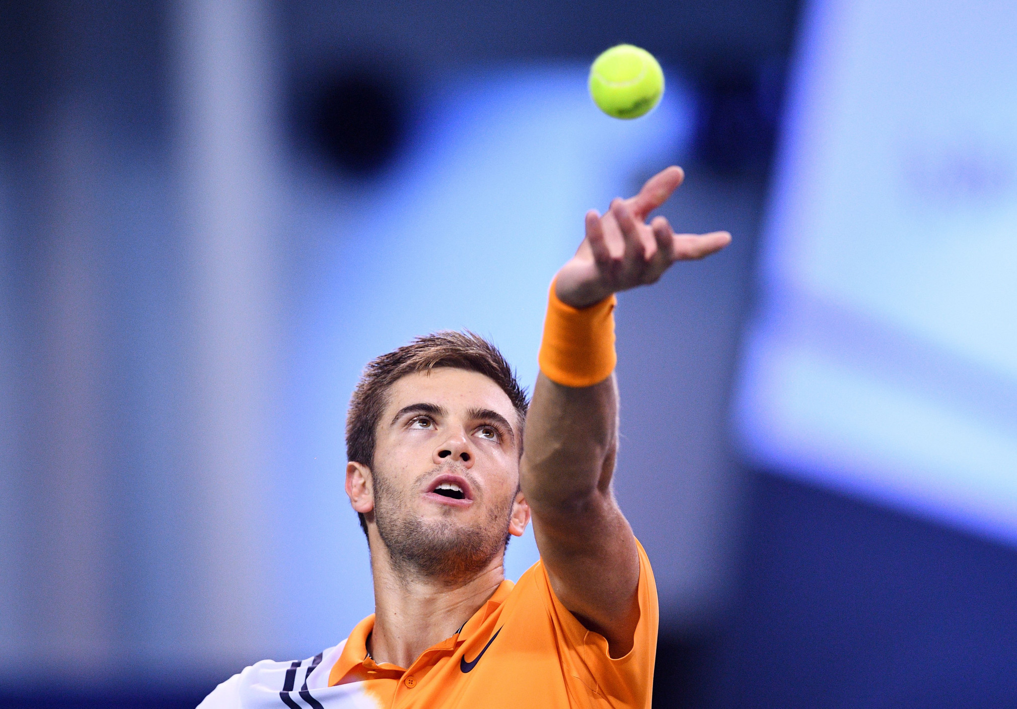 Coric knocks out Federer to reach Shanghai Masters final