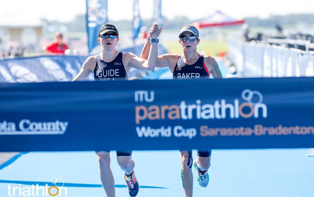 Elizabeth Baker led a clean sweep of the women's PTVI race for the US ©ITU