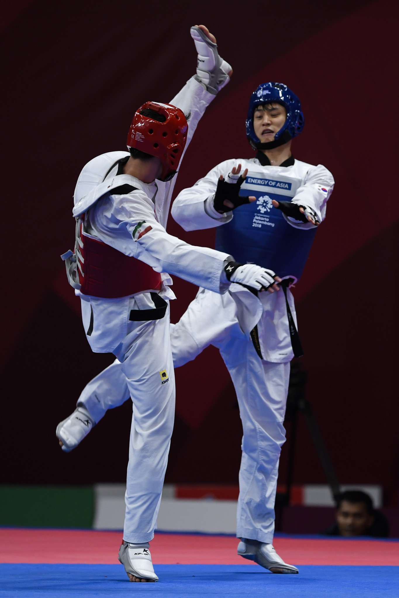 South Korea's Dae-Hoon Lee, a three-time Asian Games gold medallist, including at Jakarta-Palembang 2018, heads the field in the under-68kg category at the World Taekwondo Grand Prix in Manchester ©Getty Images
