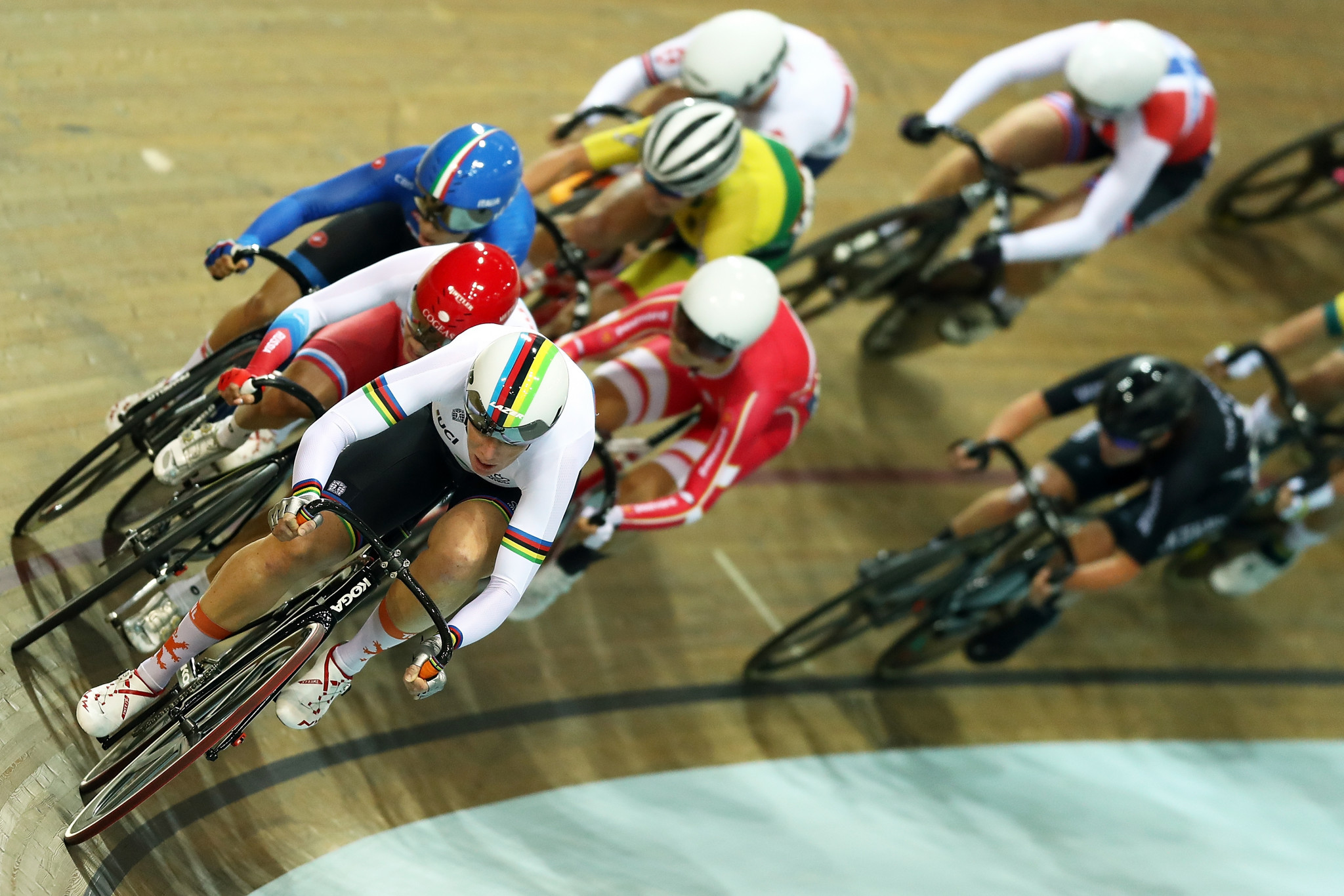 Multiple world champion Wild takes omnium gold at UCI Track World Cup in France