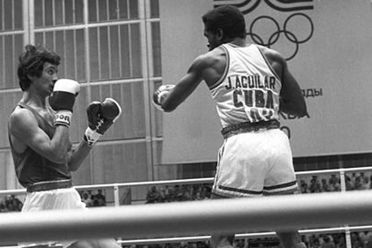 Serik Konakbayev, left, winner of an Olympic light welterweight bronze medal at Moscow 1980, wants former boxers to play a greater role in the running of AIBA ©Wikipedia
