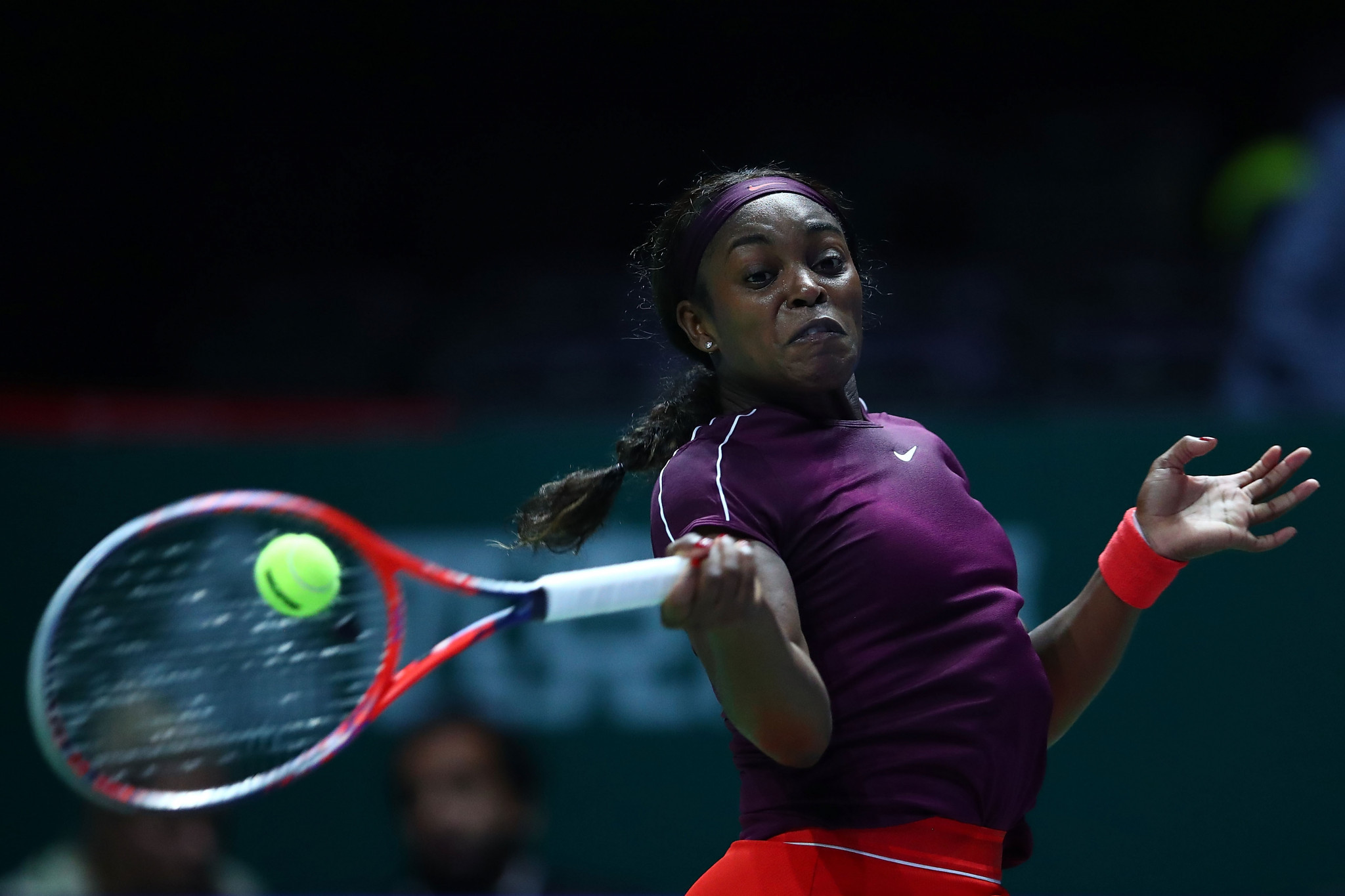 Sloane Stephens of the US beat Kiki Bertens of The Netherlands at the WTA Finals in Singapore ©Getty Images