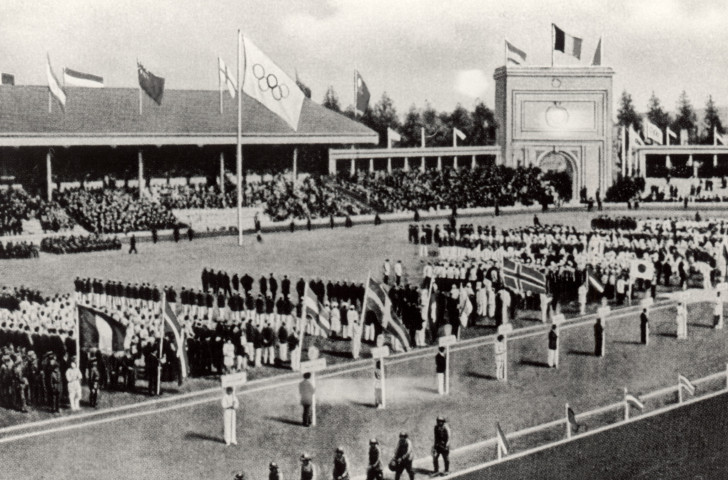 The Opening Ceremony of the 1920 Antwerp Olympics, since when weightlifting has been a permanent feature of the Games ©Getty Images