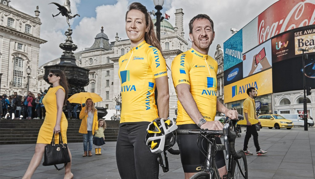Chris Boardman (right) with Dani King (left) at the announcement of Aviva as title sponsor of the Tour of Britain and Women's Tour in Piccadilly Circus ©Tour of Britain