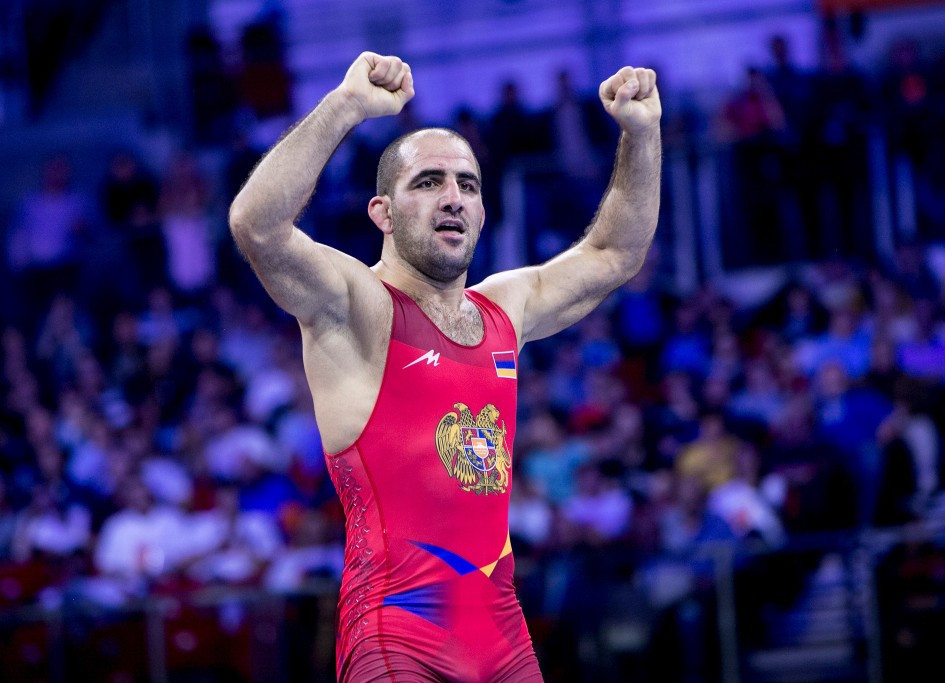 Artur Shaninyan from Armenia won bronze at 87kg in slightly strange circumstances as his opponent clearly gave up before the end ©UWW