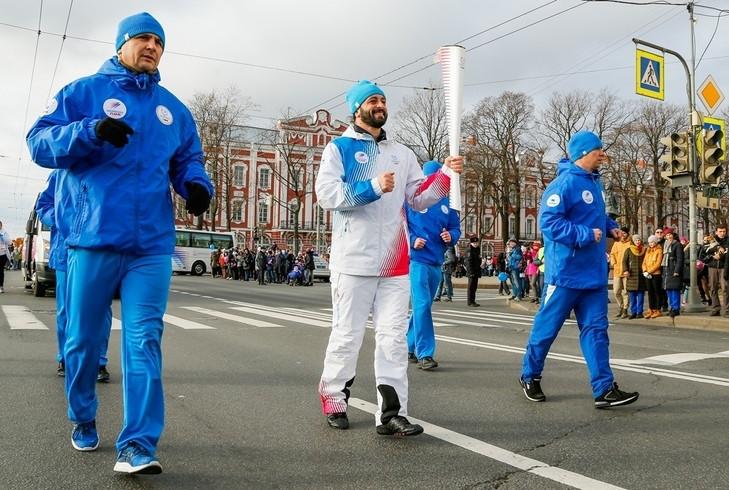 Krasnoyarsk 2019 Torch Relay passes through Saint Petersburg