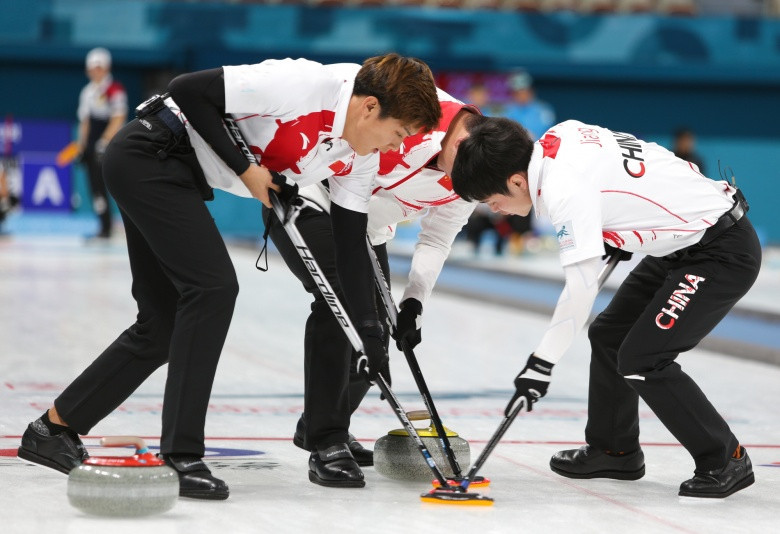 China beat South Korea on opening day at 2018 Asia-Pacific Curling Championships in Gangneung