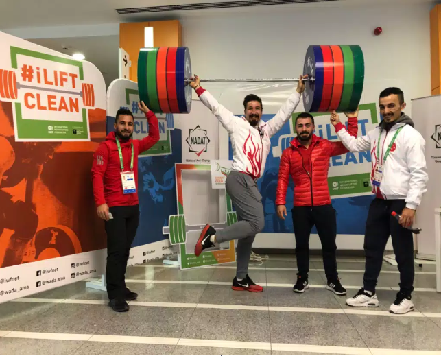 An IWF Anti-Doping Outreach booth has been set up at the 2018 World Championships, promoting the iLiftClean campaign ©IWF