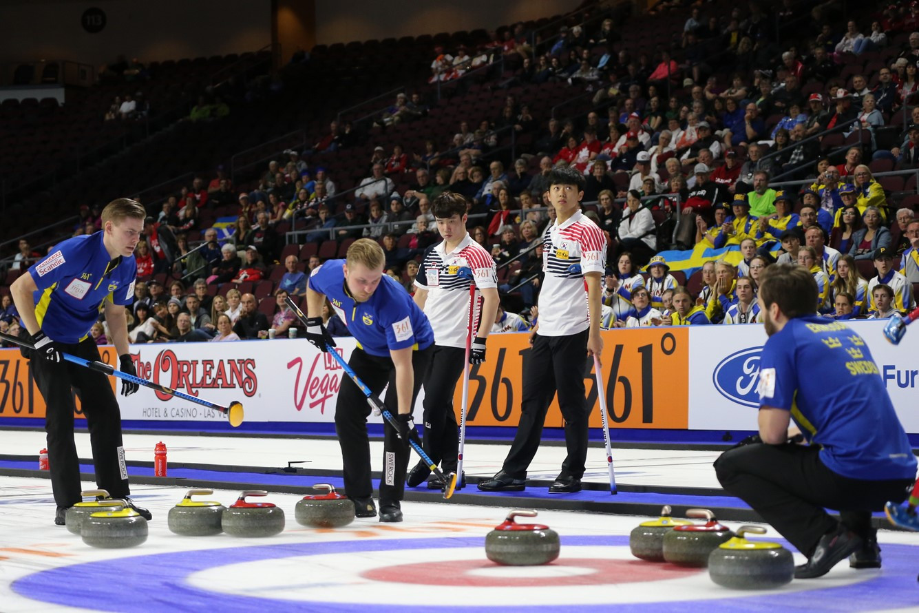 The World Men's Curling Championships benefited the hosts Las Vegas economically and socially ©World Curling