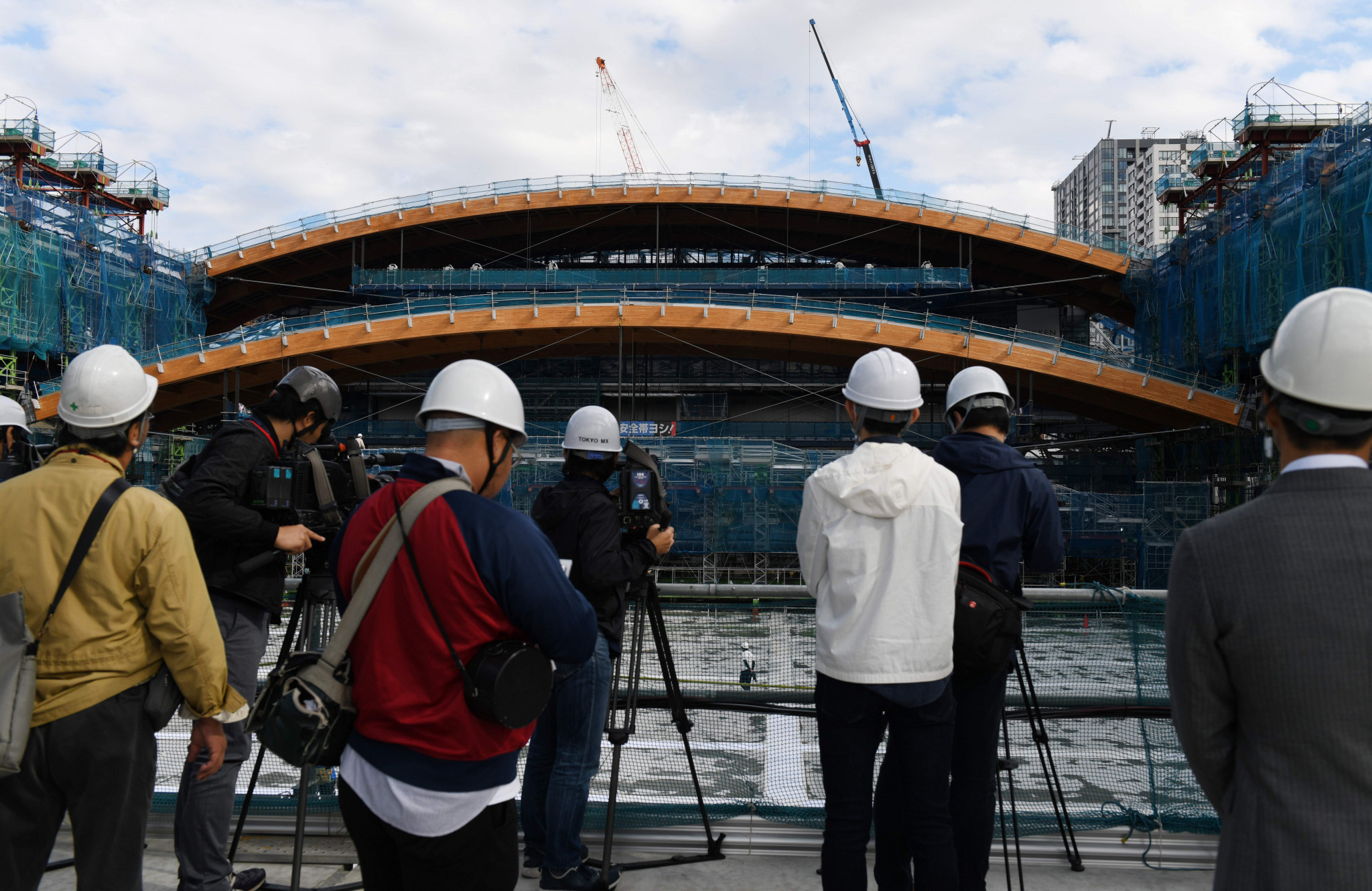 Construction of the arena's wooden roof has reached the half way stage ©Getty Images