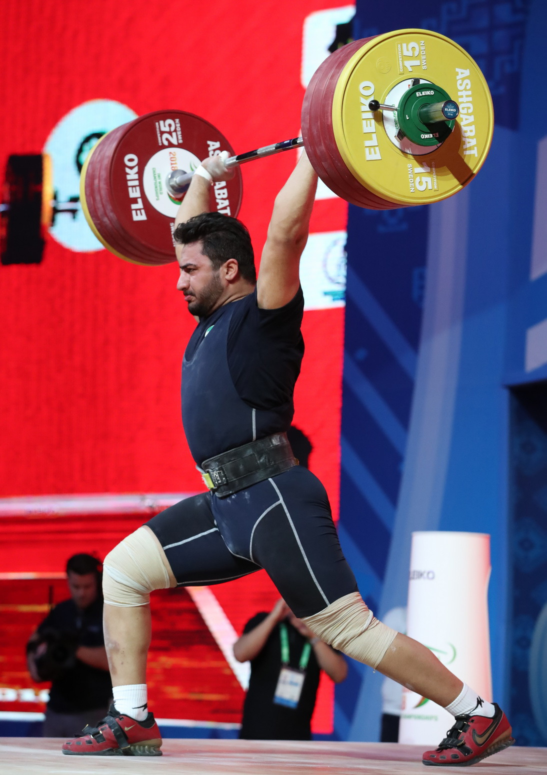 Chumak's total was matched by Hashemi's compatriot Reza Beiralvand, who clinched the bronze medal ©IWF