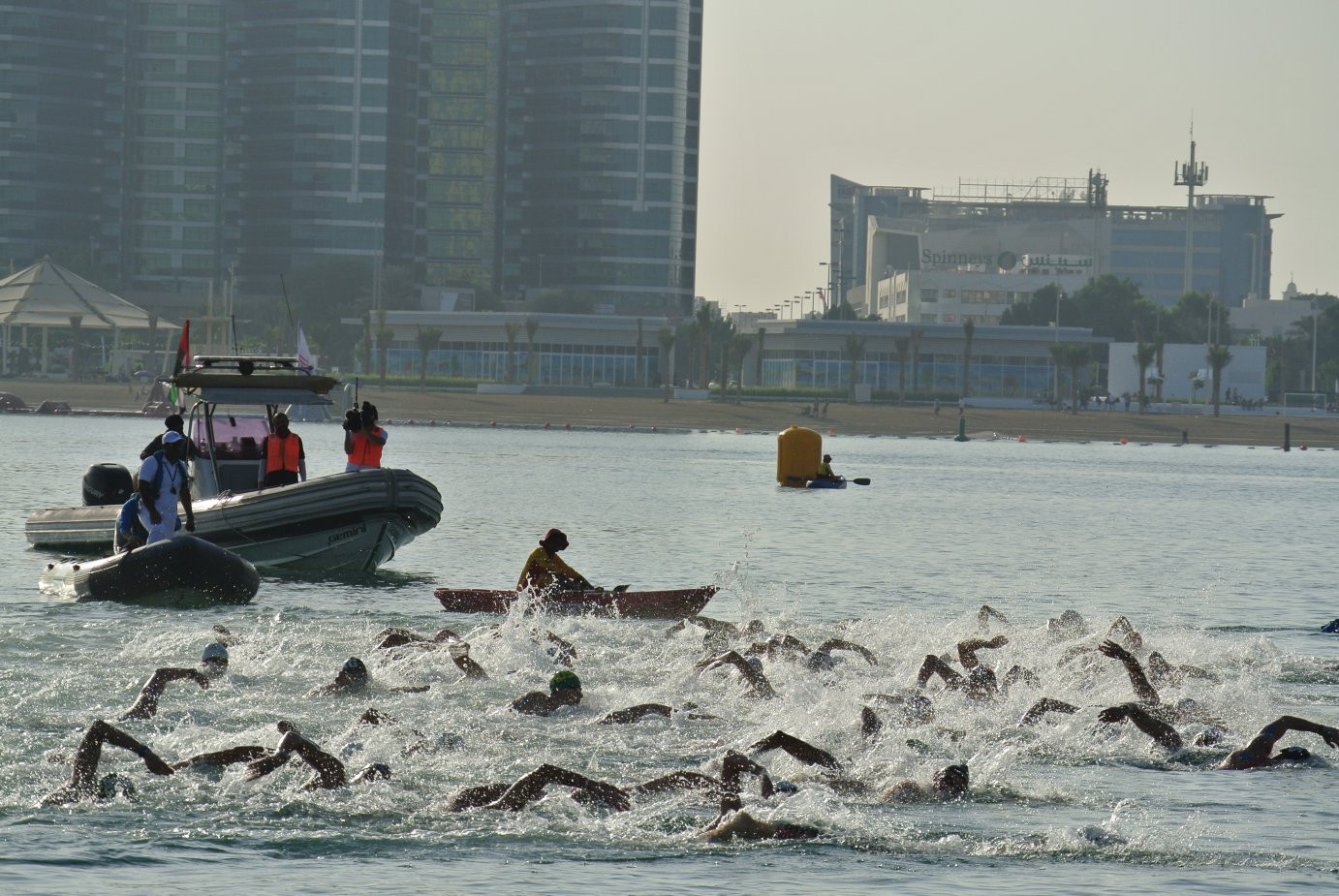 Arianna Bridi of Italy was women's winner on the day in the FNA Marathon Swim World Series race at Abu Dhabi, with Brazil's Ana Marcela Cunha claiming the overall title ©FINA