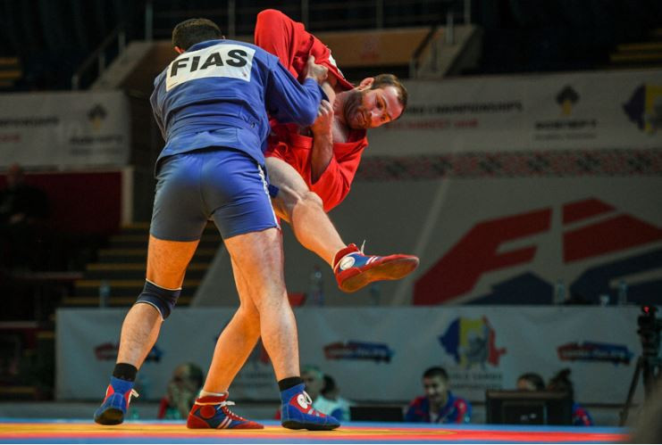 Enthralling session sees Russia win further five golds at World Sambo Championships