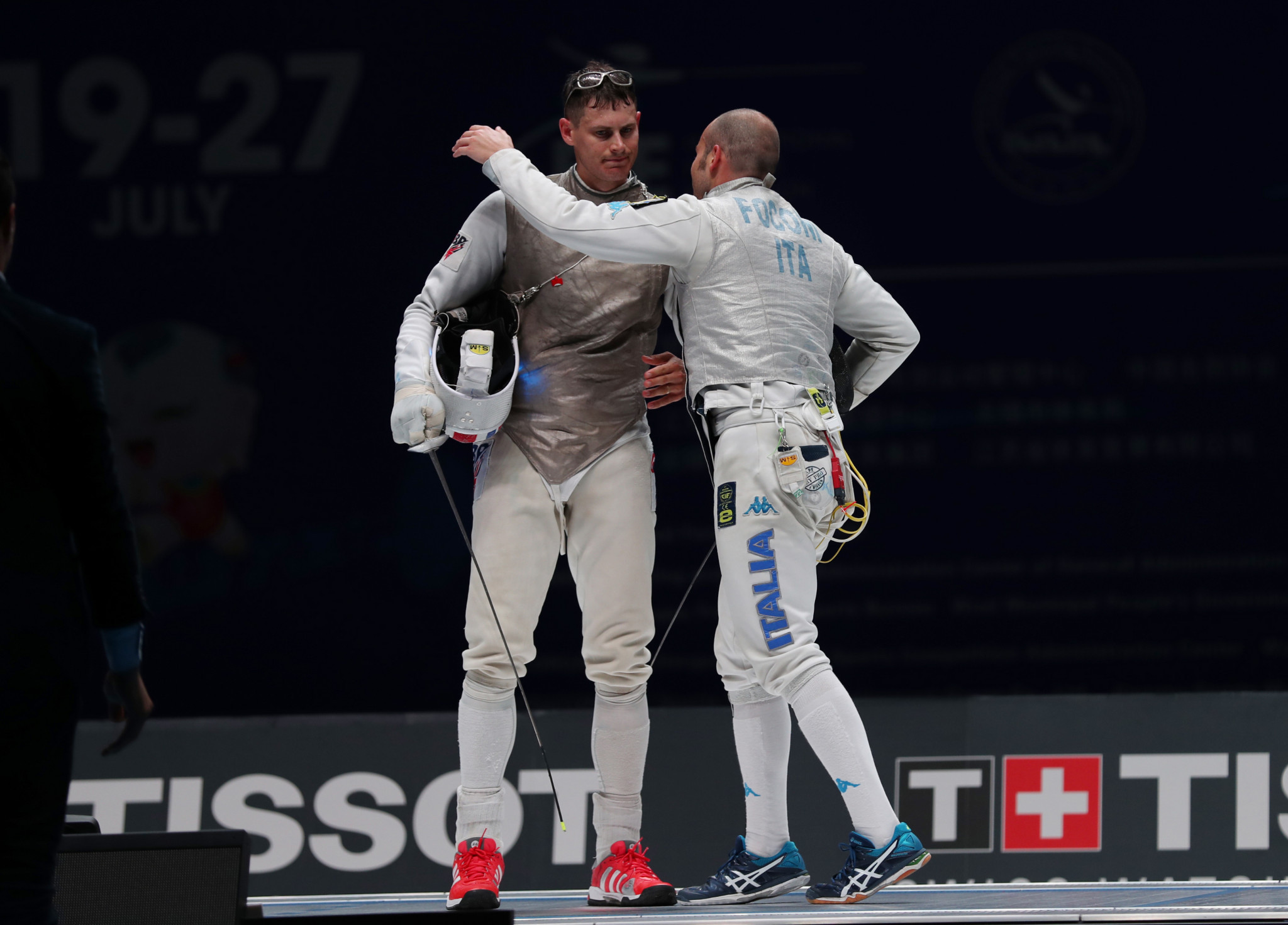 Britain's Kruse wins foil gold at FIE World Cup in Bonn